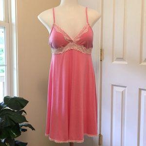 Victoria's Secret Pink Chemise SZ Large